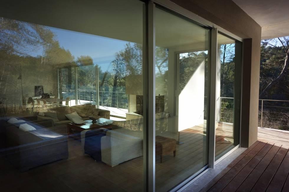 fabrication et pose de baies vitr es et fen tres en aluminium aix en provence nad alu. Black Bedroom Furniture Sets. Home Design Ideas