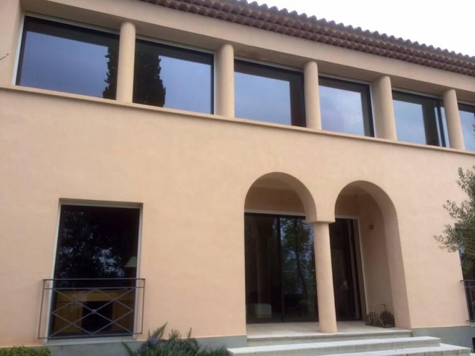 fabrication et installation de baies vitr es et de porte. Black Bedroom Furniture Sets. Home Design Ideas